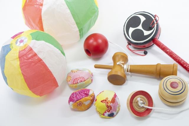 【コスパ最強】ダイソーで人気のおもちゃを大特集!100均とは思えない完成度に子供も大喜び!